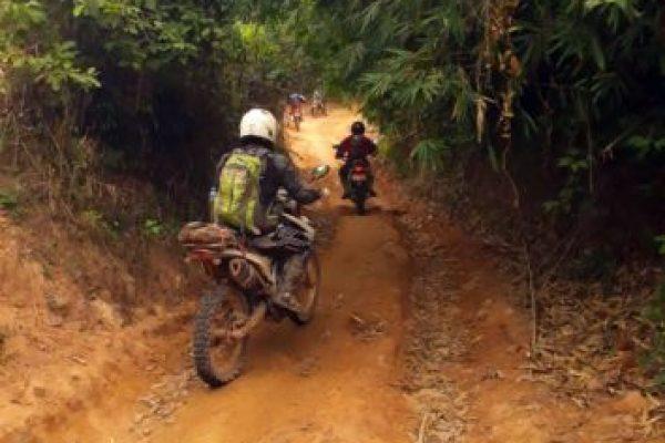lao-adv-tours-trail-riding